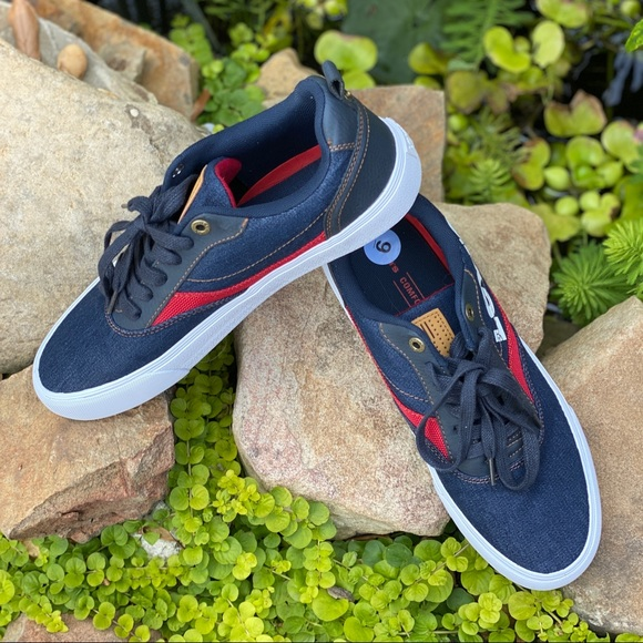 Levi's Lance LO Anti Low Top Navy/Red Sneakers